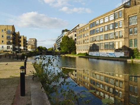Regents Canal ©Keith Greenough 2013