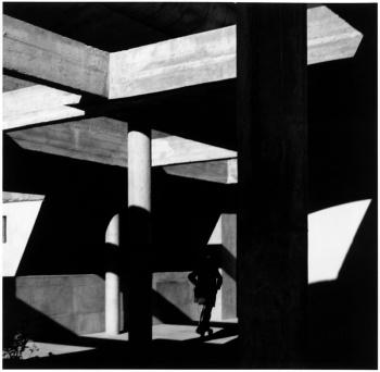 Lucien Herve - Haute Cour, Chandighar Inde, 1955