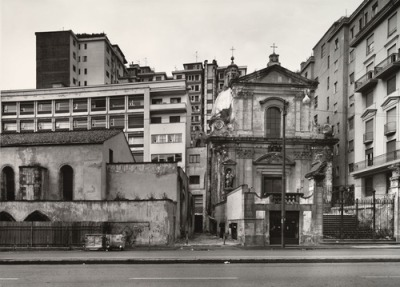 Thomas Struth. Via Medina, Naples. 1988